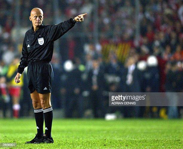 Italian referee Pierluigi Collina gestures during the TurkeyEngland match in the group 7 European 2004 qualifying game at Sukru Saracoglu stadium in...