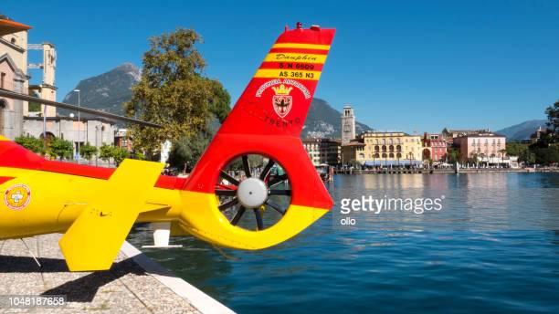 Italienische Rettungshubschrauber der Vigili del Fuoco in Riva del Garda