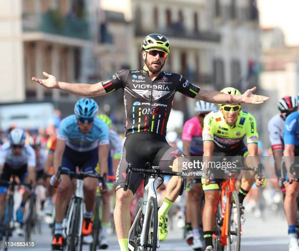 Italian Riccardo Stacchiotti is the first to sign in the renewed Tour of Sicily in Milazzo Messina on 3 April 2019 The Giotti Victoria Palomar racer...
