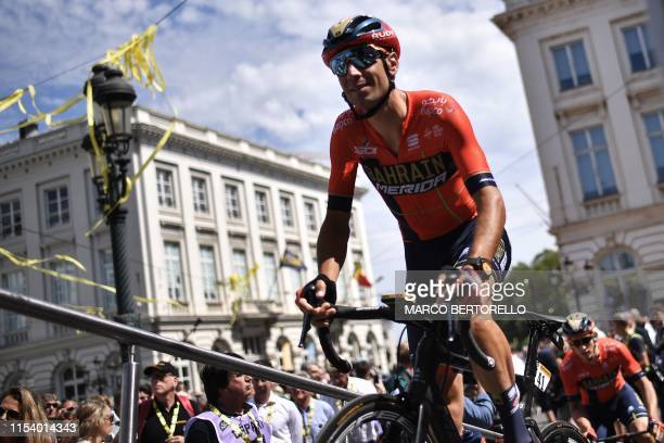 Italian rider Vincenzo Nibali rides in the departing area during the signing in ceremony at the Place Royale - Koningsplein Square before the start...