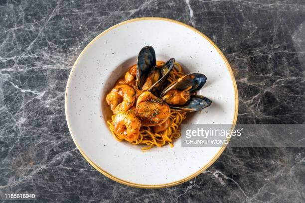 イタリアンシーフードパスタ - コース料理 ストックフォトと画像