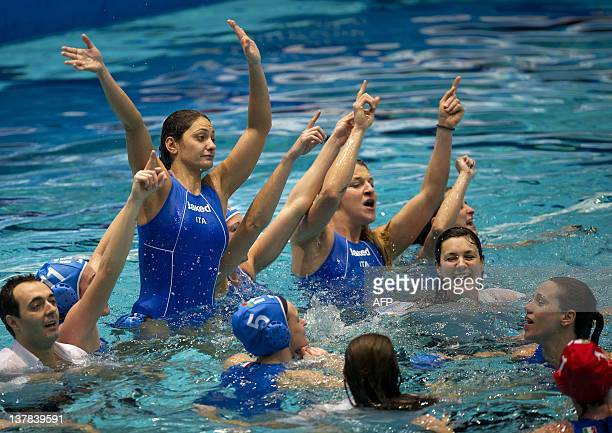 Italian Simona Abbate celebrates together with her teammates the victory over Greece during the European Championship Water Polo in Eindhoven at...