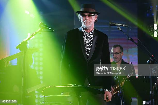 Italian singer Francesco De Gregori performs live at RadioItaliaLive held at Radio Italia Studios on November 21 2014 in Milan Italy