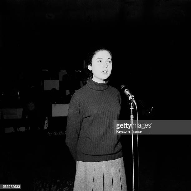 Italian singer Gigliola Cinquetti trains her songs on the scene of the Olympia on April 21 1965 in Paris France