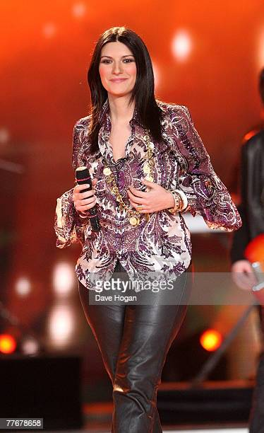 Italian singer Laura Pausini performs on stage at the World Music Awards 2007 at the Monte Carlo Sporting Club on November 4, 2007 in Monte Carlo,...