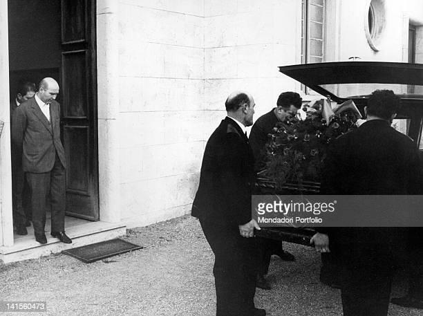 Italian singer Luigi Tenco's body on the hearse Sanremo January 1967