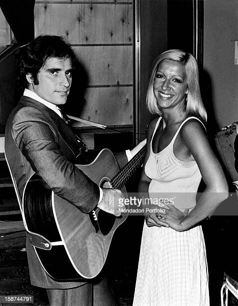 Italian singersongwriter Edoardo Vianello taking part in the Cantagiro with his wife Italian singer Wilma Goich Together they form the band I...