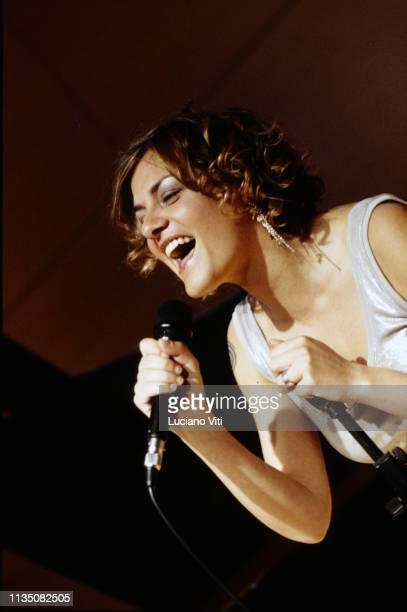 Italian singersongwriter Irene Grandi in recording studio Italy 2008