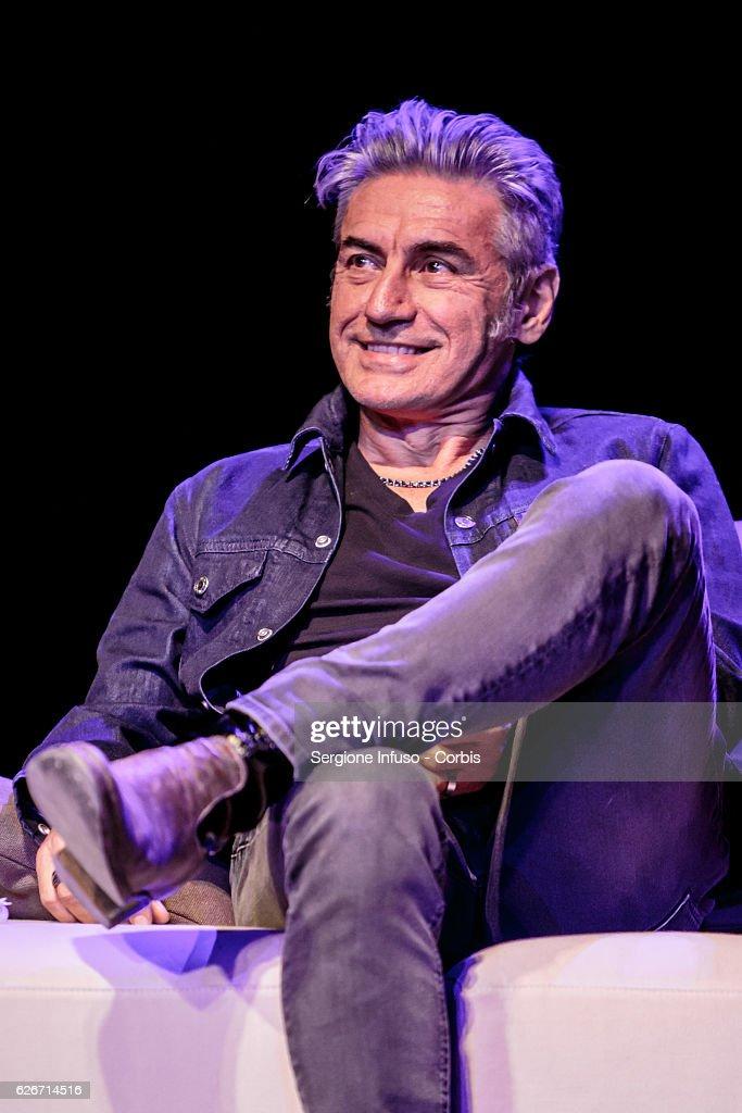 'Sottosopra': Roberto Saviano Meets The Audience