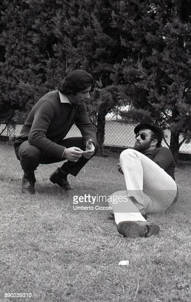 Italian singersongwriter musician and actor Lucio Dalla talks to a journalist Rome 1971