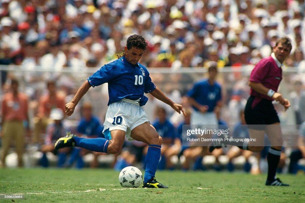 Soccer - 1994 FIFA World Cup Final - Brazil vs Italy : ニュース写真