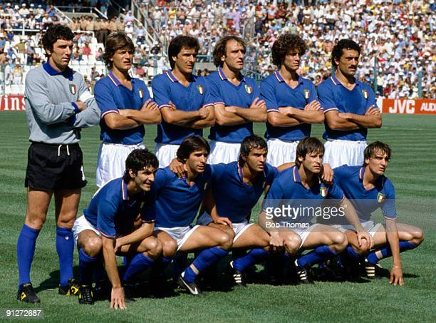 Italian team group prior to the start of the Italy v Argentina World Cup match played in Barcelona Spain on the 29th June 1982 Back Row Left to Right...