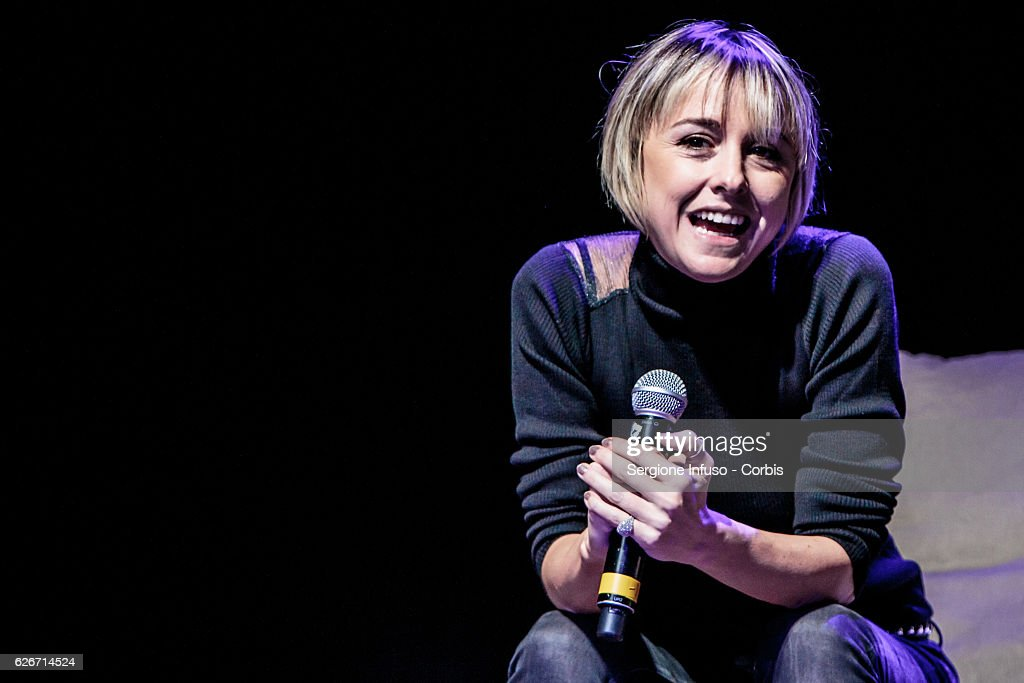 Italian television presenter Nadia Toffa is a guest of the show 'Sottosopra': Roberto Saviano Meets The Audience on November 28, 2016 in Milan, Italy.