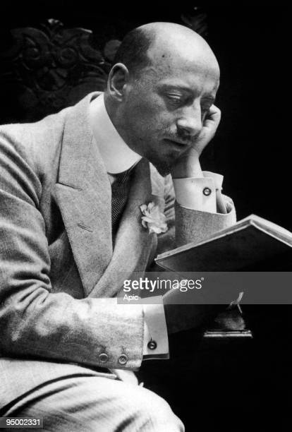 Italian writer and nationalist Gabriele d'Annunzio here reading c 1908