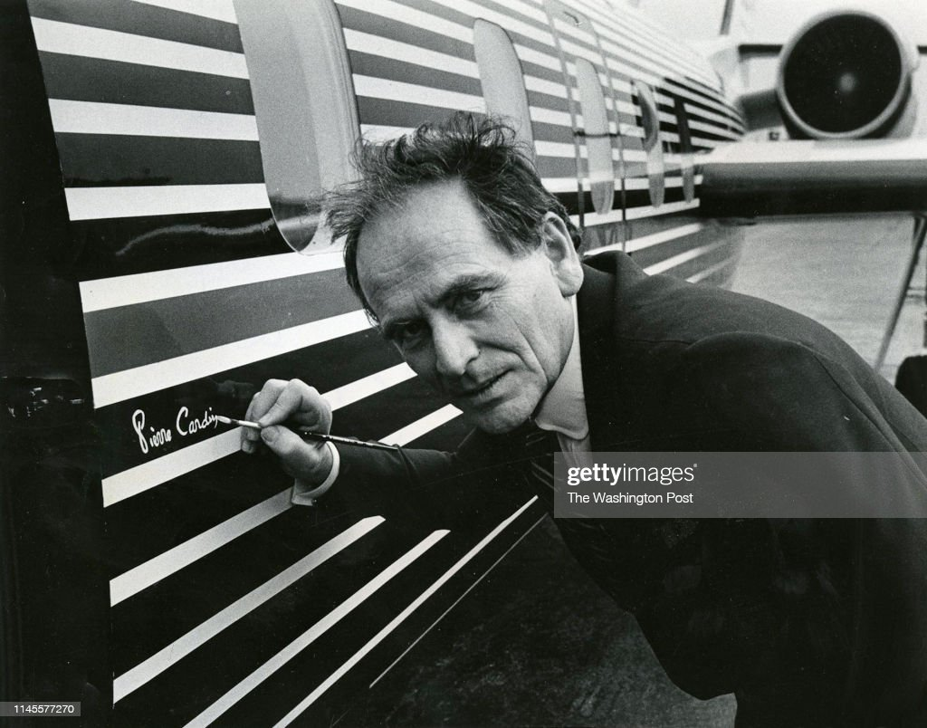 Italian Born French Fashion Designer Pierre Cardin Signs His Name On News Photo Getty Images