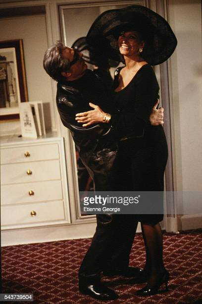 Italians actors Sophia Loren and Marcello Mastroianni on the set of the film PrêtàPorter directed by American director Robert Altman