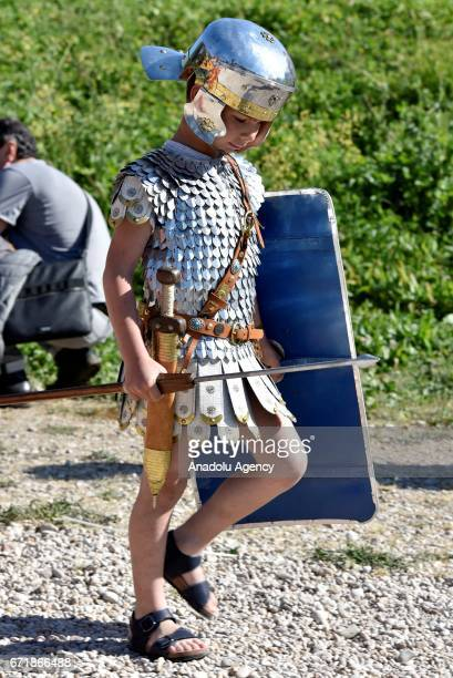 Italians dressed as ancient Roman soldiers parade to commemorate the 2770th anniversary of the founding of Rome in Rome, Italy on April 23, 2017....