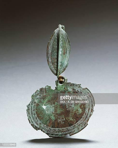 Italic civilizations Piceni 8th century bC Bow fibula From Moie di Pollenza province of Macerata