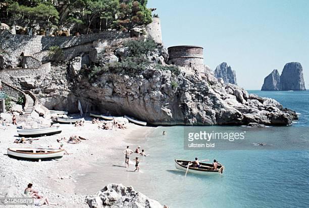 Italien ca 1958 Badebucht Capri Piccolea