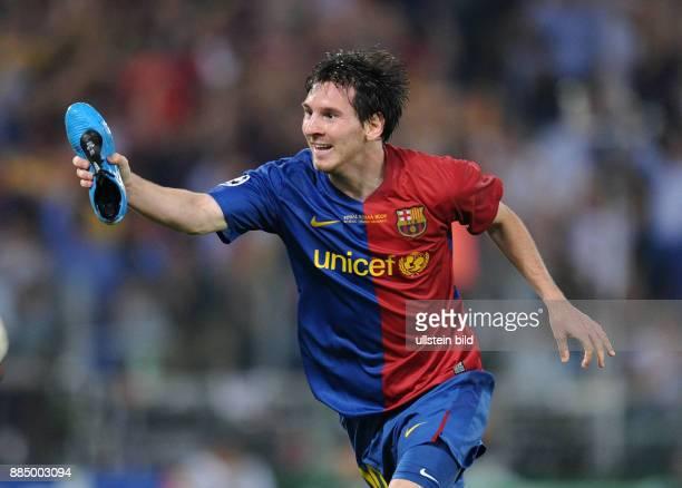 Italien Latium Rom UEFA Champions League Saison 2008/2009 Finale FC Barcelona Manchester United 20 Barcelonas Lionel Messi jubelt nach seinem...