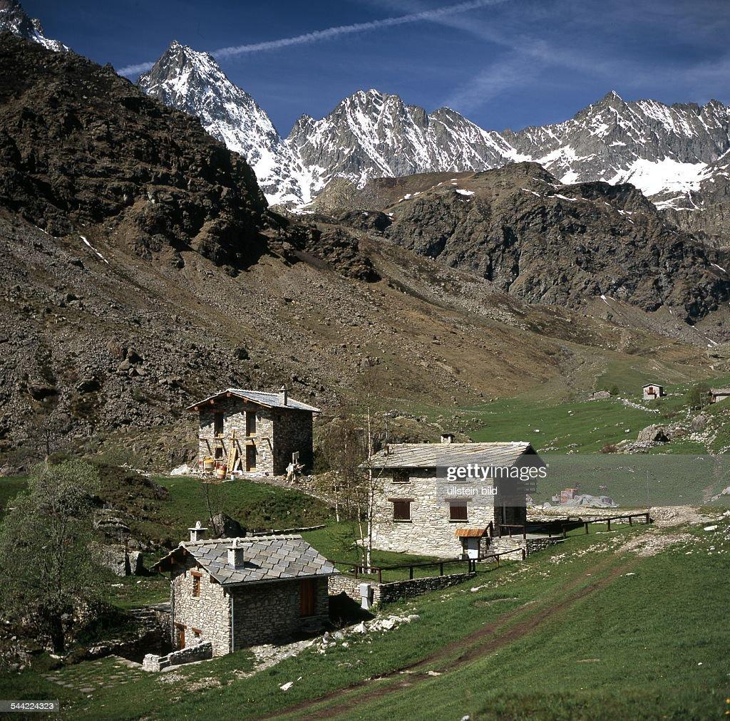 Italien Piemont Häuser In Dem Ort Crissolo 2005