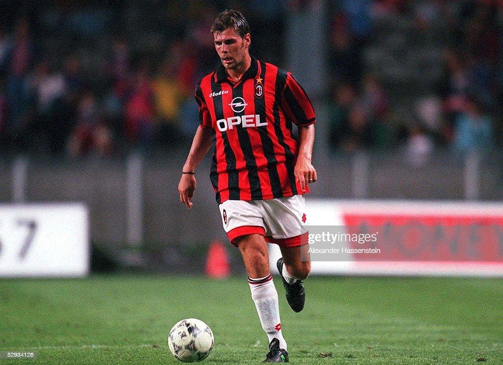 FUSSBALL: italienische Liga 97/98 AC MAILAND 28.07.97 : News Photo