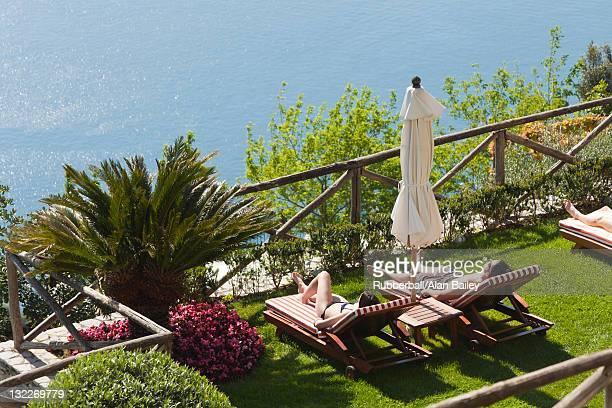 Italie, la côte d'Amalfi, Ravello, Vue en plongée du salon