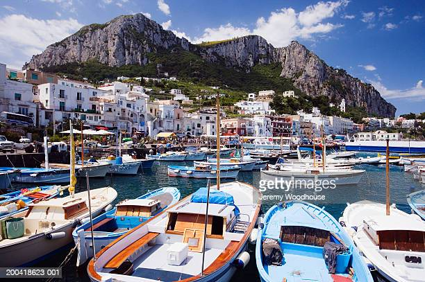 italy, capri, view from harbour at marina grande - capri stock pictures, royalty-free photos & images
