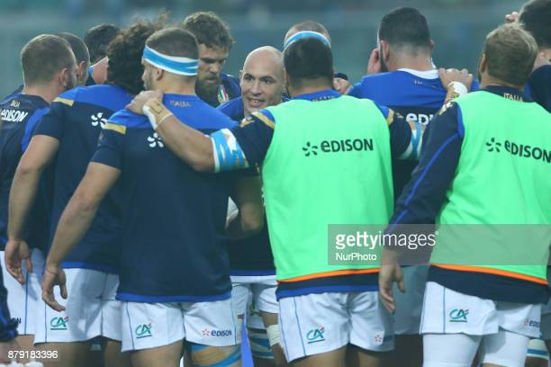 Italy captain Sergio Parisse talking with the teammates during the Rugby test match between Italy and South Africa at Plebiscito Stadium in Padova...