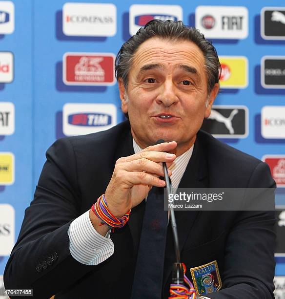 Italy coach Cesare Prandelli wears as bracelet the rainbow shoelace of campaign against omofobia during an unveiling of the new Italy team kit at...
