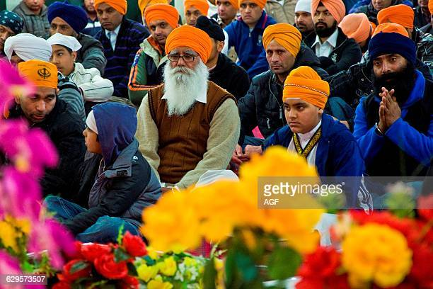 Italy Emilia Romagna Novellara Baisakhi Festival Men During Prayer