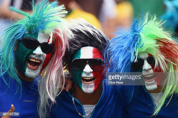 Italy fans soak up the prematch atmopshere during the 2014 FIFA World Cup Brazil Group D match between Italy and Uruguay at Estadio das Dunas on June...