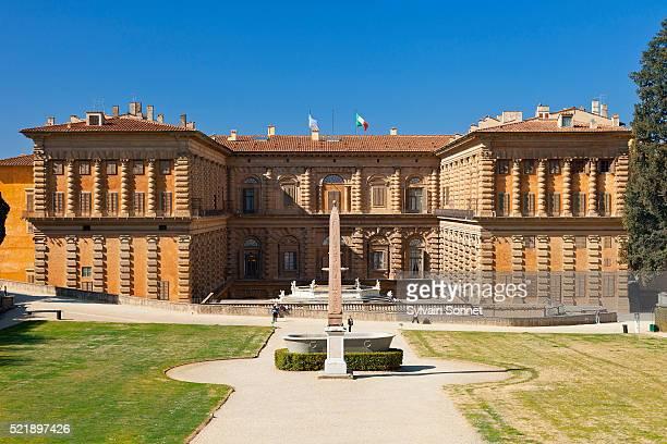italy, florence, boboli garden, palazzo pitti - pitti foto e immagini stock