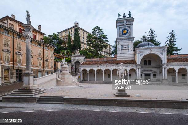 italy, friuli-venezia giulia, udine, piazza liberta and loggia di san giovanni at dusk - udine stock photos and pictures