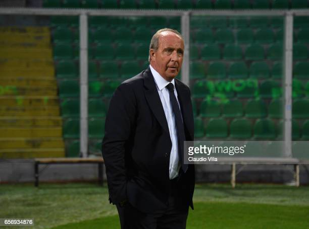 Italy head coach Gian Piero Ventura looks on during the Italy pitch inspetcion at Stadio Renzo Barbera on March 23 2017 in Palermo Italy