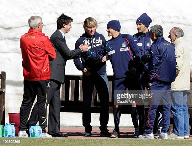 Italy head coach Marcello Lippi President of Juventus FC Pavel Nedved Gianluca Zambrotta and Fabio Cannavaro during the training session on May 31...
