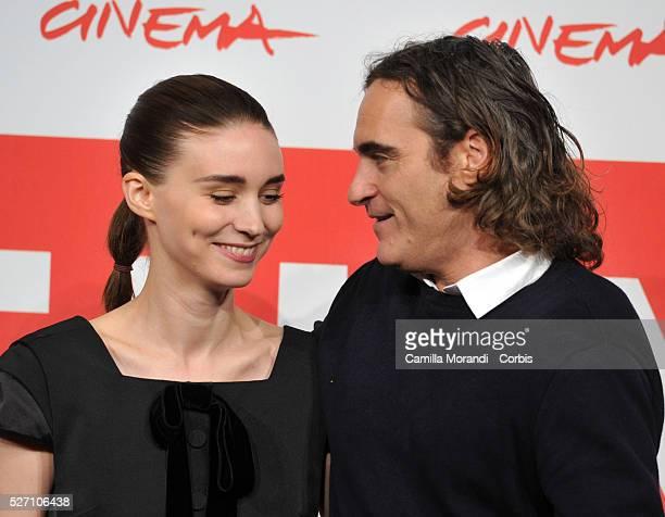 """Italy – """"Her"""" Photocall – 8th Rome Film Festival Joaquin Phoenix, Rooney Mara"""