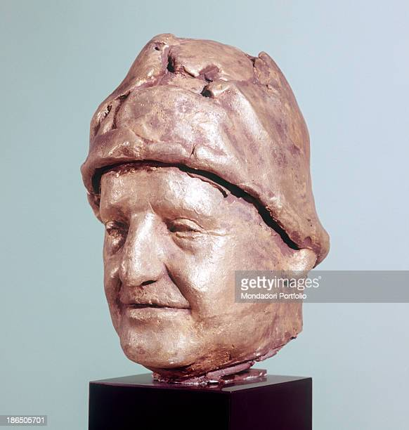 Italy Lazio Ardea Manzù collection Whole artwork view The face of the pontiff with typical headgear