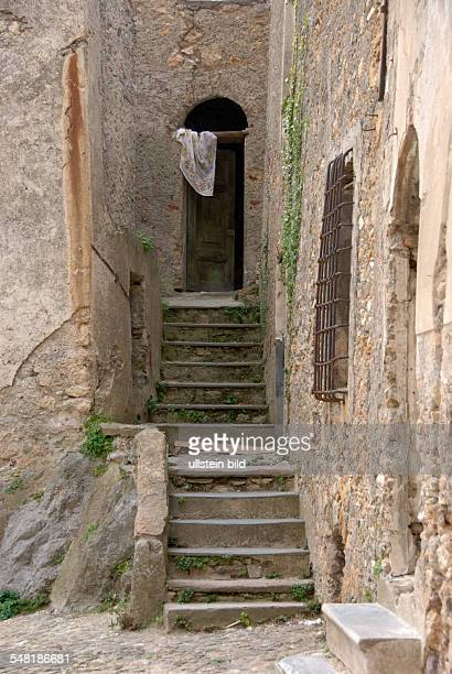 24 Steintreppe Pictures, Photos & Images - Getty Images