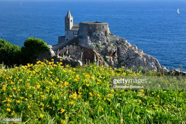 italy, liguria, world heritage site, porto venere, st peter (san pietro) church (5-13th c) - san stock pictures, royalty-free photos & images