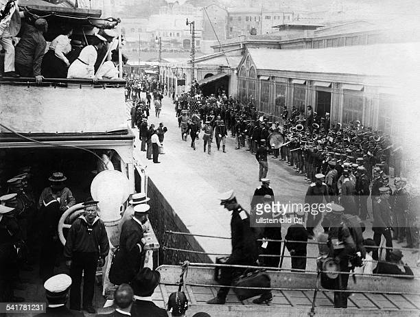 Italy Ligurien Liguria Genua Genova Genoa German Empire military soldiers of the German Expedition Corps in China to fight against the Boxer...
