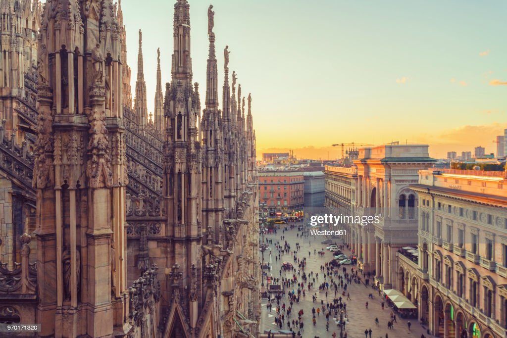 Italy, Lombardy, Milan, Milan Cathedral at sunset : Stock-Foto