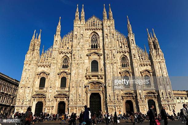 milan cathedral and designs for facade ストックフォトと画像 getty