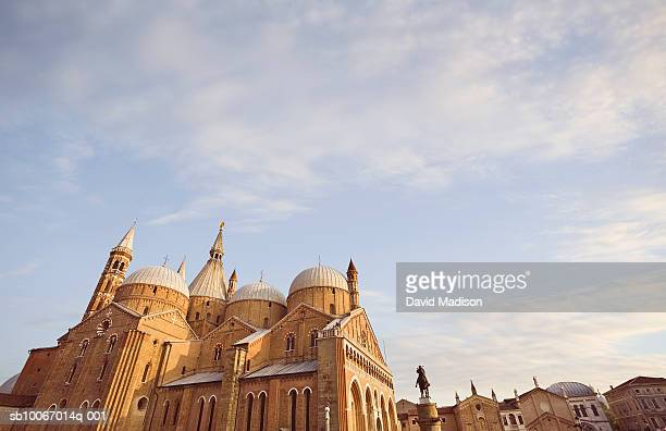 Italy, Padua, Basilica di San Antonio and Donatello's statue of Gattamelata