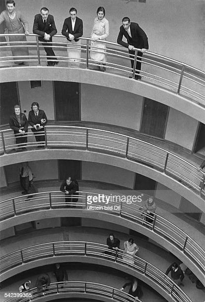 Italy Piemonte : Grand Hotel Duchi d'Aosta in Sestriere: a spiral ramp is leading to the hotel rooms - 1934 - Photographer: Alfred Eisenstaedt -...