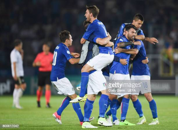 Italy players celebrate at the final whistle during their UEFA European Under21 Championship 2017 match against Germany on June 24 2017 in Krakow...