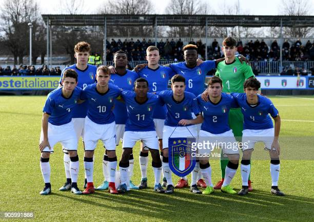 Italy pose for a photo during the U17 International Friendly match between Italy and Spain at Juventus Center Vinovo on January 17 2018 in Vinovo...