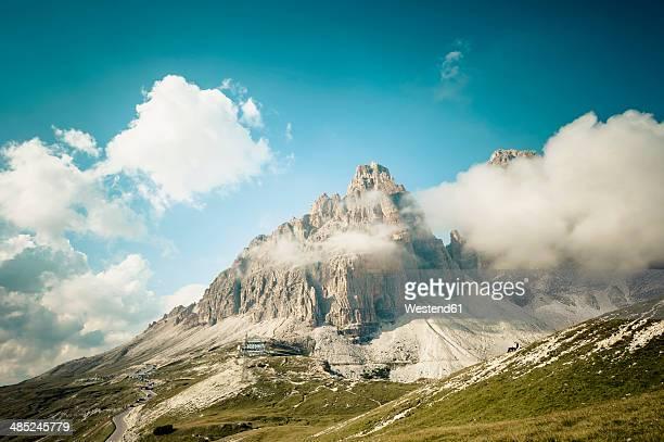 Italy, Province of Belluno, Veneto, Auronzo di Cadore, clouds at Tre Cime di Lavaredo