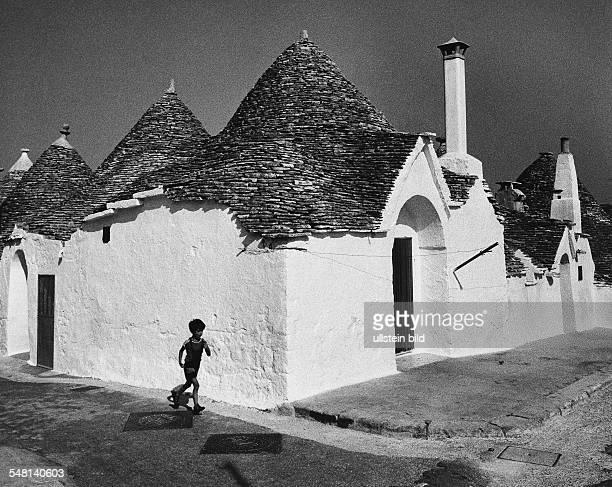 Houses in Alberobello 1974 Photographer Rudolf Dietrich Vintage property of ullstein bild