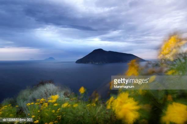 italy, sicily, eolian archipelago, lipari and salina island - isole eolie foto e immagini stock